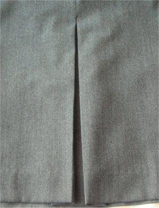 <div class=alt><div class=desc><h2>Apprendre comment faire des plis plats et des plis creux</h2></a><br>Apprenez à réaliser des plis creux avec 2 plis couchés qui se regardent. les plis creux, à l envers, forment des plis plats. explications pas à pas et en photos.<br><br></div></div>