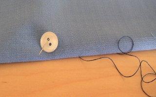 comment coudre un bouton 2 trous